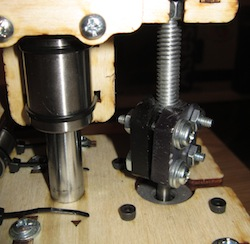Washers on the z-axis rods